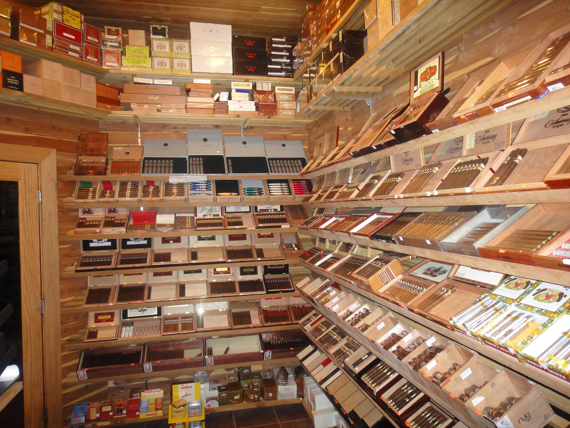 cigars in dearborn